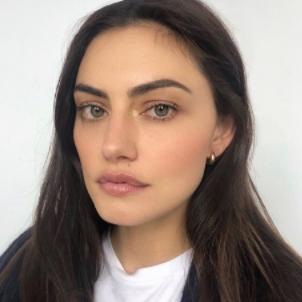 Phoebe Tonkin Net Worth, Age, Height